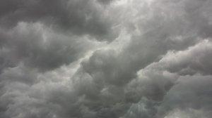 storm-clouds-426271_1920